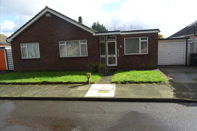 Thumbnail Bungalow to rent in Orchardmeade, London