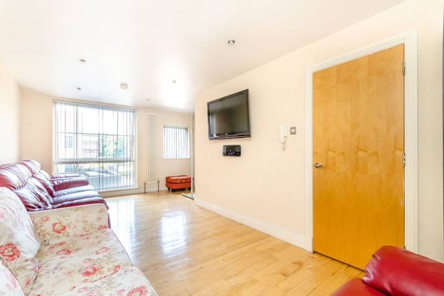 Thumbnail Property to rent in Graduate Place, Borough