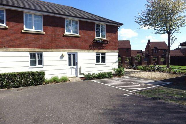 2 bed flat for sale in Woodlands Lane, Bradley Stoke, Bristol