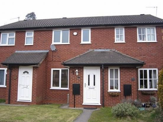 Thumbnail Property to rent in Shaftesbury Close, Bromsgrove