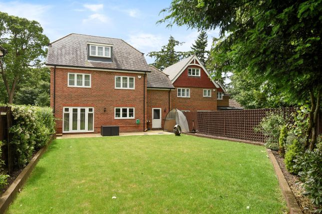 Thumbnail Detached house to rent in Equus Close, Gerrards Cross