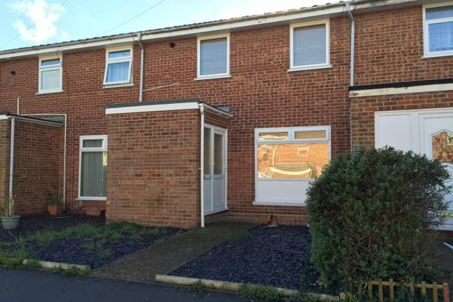Thumbnail Terraced house to rent in Broadway, Gillingham