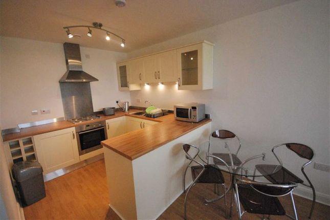 Flat to rent in Linen Quarter, 99 Denmark Road, Manchester