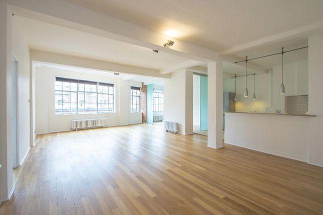 Thumbnail Flat to rent in St. John Street, London