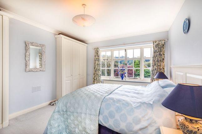 Bed 1 of Heyes Lane, Alderley Edge SK9