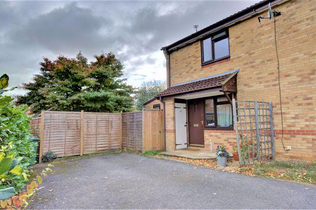 Thumbnail Terraced house for sale in Newbury Drive, Chippenham
