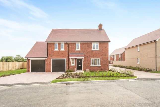 Thumbnail Detached house for sale in Flavian Close, Chesterton, Bicester