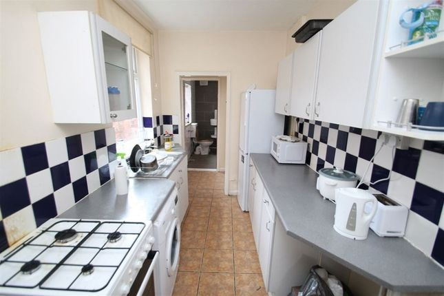 3 bed property to rent in Herschell Street, Leicester