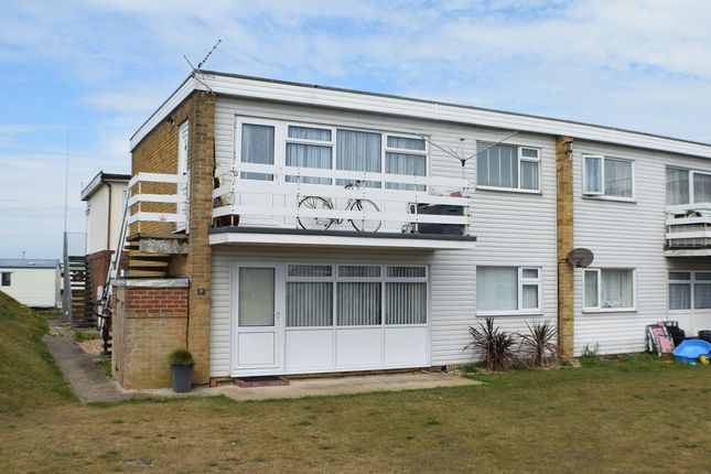 Flat for sale in The Parade, Greatstone, New Romney