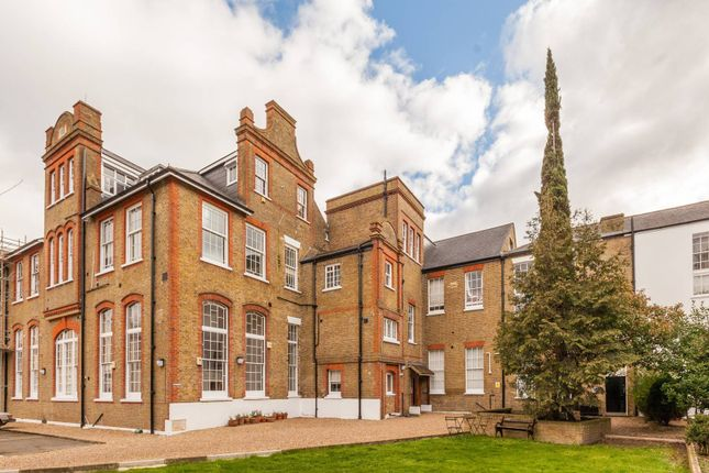 1 bed flat for sale in College Green Court, Brixton, London SW9