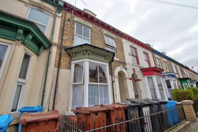 Thumbnail Terraced house for sale in Albany Street, Hull