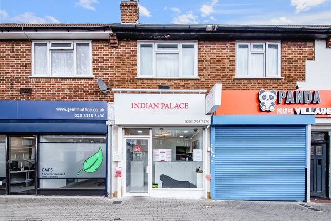 Thumbnail Retail premises for sale in Oakleigh Road North, London