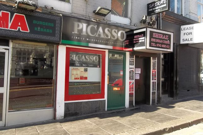 Restaurant/cafe to let in Groat Market, Newcastle Upon Tyne