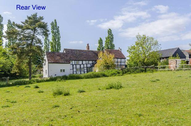 Thumbnail Detached house for sale in Hook Common, Hanley Castle, Worcester