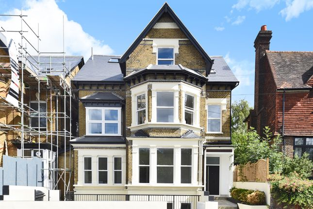 Thumbnail Flat for sale in Croham Road, South Croydon