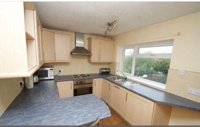 Thumbnail Maisonette to rent in Sacombe Road, Hemel Hempstead