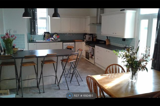 Thumbnail Semi-detached house to rent in Meadow Road, Nottingham