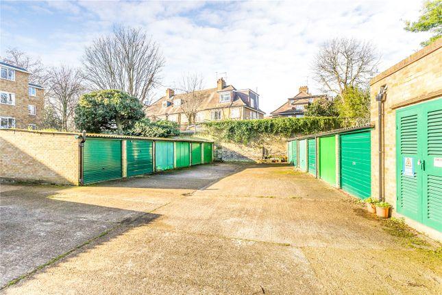Picture No. 02 of Frensham Court, Highbury New Park, London N5