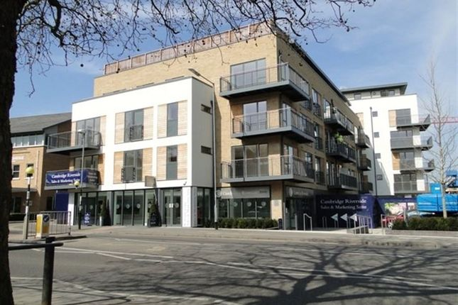 Thumbnail Flat to rent in Brooke House, Riverside, Kingsley Walk, Cambridge