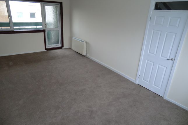Thumbnail Maisonette for sale in Sutherland Place Kirkcaldy, Kirkcaldy, Kirkcaldy