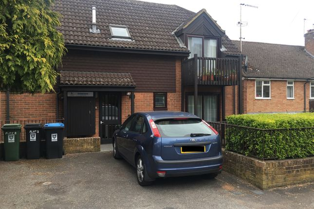 2 bed flat for sale in Torrington Road, Berkhamsted