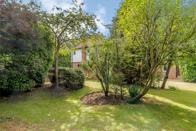 Picture No. 13 of Mile House Lane, St. Albans, Hertfordshire AL1