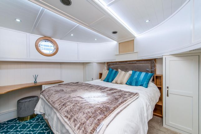 Bedroom of St Katherine Docks Marina 50 St Katharine's Way, London E1W