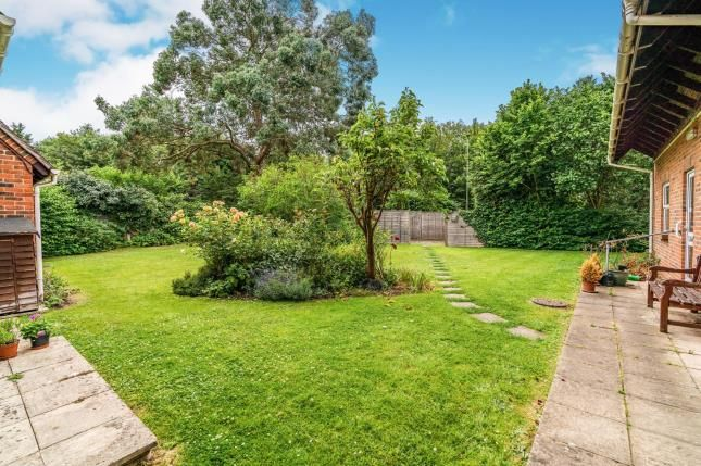 Communal Gardens of Great Well Drive, Romsey, Hampshire SO51