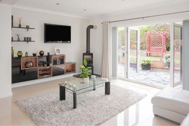 Sitting Room of Llwynderw Drive, West Cross SA3