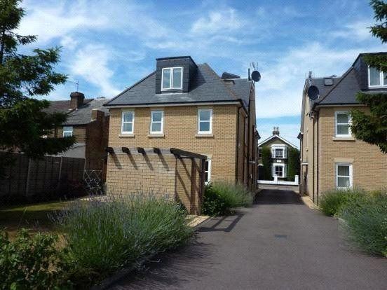 1 bed flat to rent in Ashby Court, Whitley Road, Hoddesdon, Hertfordshire