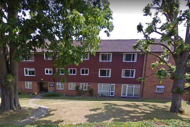 Maisonette to rent in Merrow Court, Levylsdene, Guildford, Surrey GU12Sa