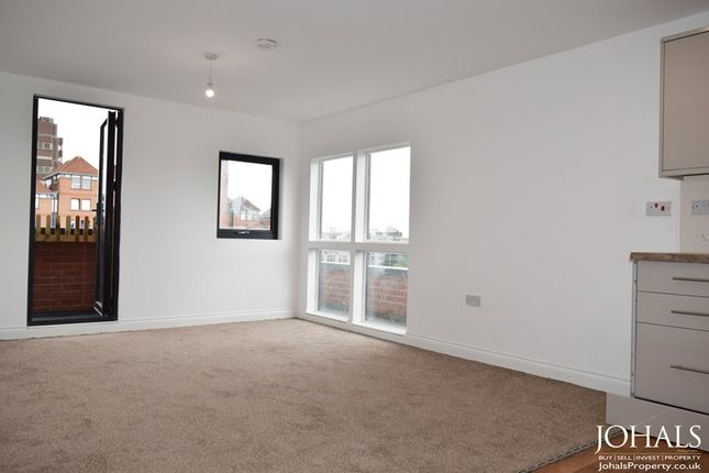 Thumbnail Flat to rent in Regent Street, Leicester, Leicestershire