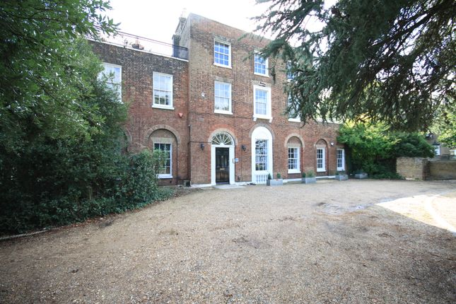 Thumbnail Flat to rent in Grotes Buildings, Blackheath