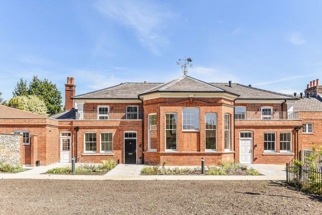Front (Main) of Wordsworth Court, Laureate Gardens, Henley-On-Thames RG9