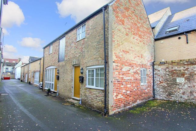 Thumbnail Cottage to rent in East Street, St. Ives, Huntingdon