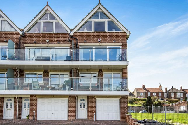 Thumbnail End terrace house for sale in Pavilion Road, Gorleston, Great Yarmouth