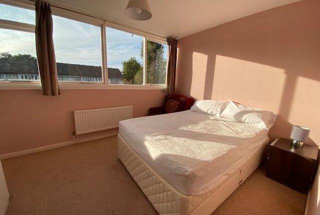 Bedroom of Uxbridge UB9,