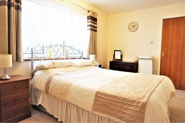 Bedroom Two of Curlew Crescent, Basildon SS16