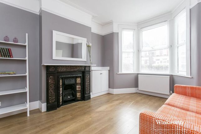 4 bed terraced house to rent in St Ann's Road, Harringay