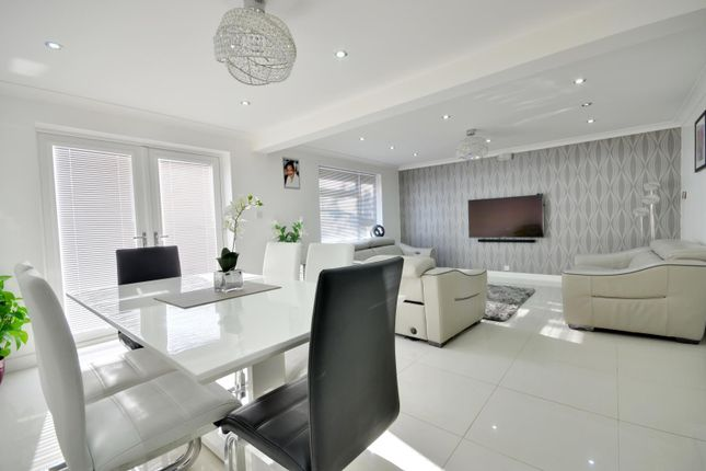 Thumbnail End terrace house to rent in Valley Road, Uxbridge, Middlesex