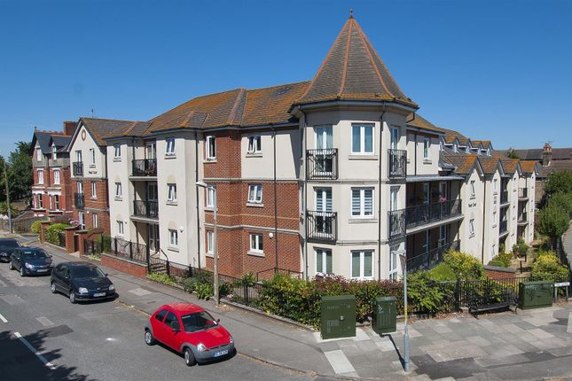 Flat for sale in The Grove, Westgate-On-Sea