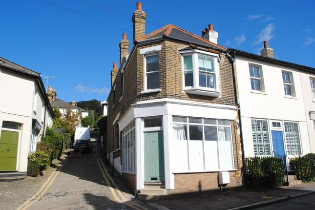 Thumbnail Terraced house to rent in Leigh Hill, Leigh-On-Sea