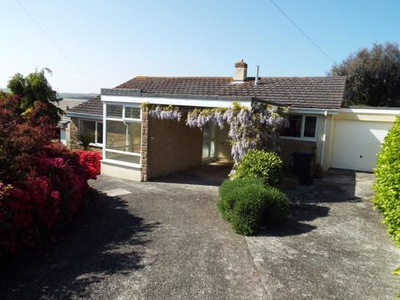 Thumbnail Bungalow for sale in Barton Close, Kingsbridge