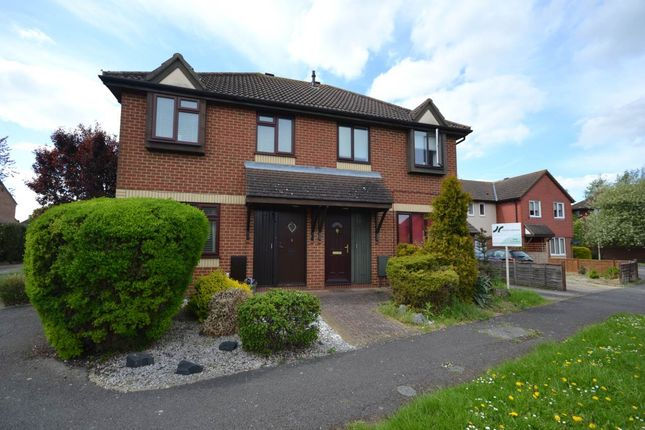 Thumbnail Property to rent in St Hildas Close, Didcot, Oxfordshire