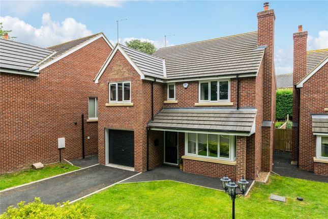 Thumbnail Detached house for sale in Bluebell View, Kippax, Leeds, West Yorkshire