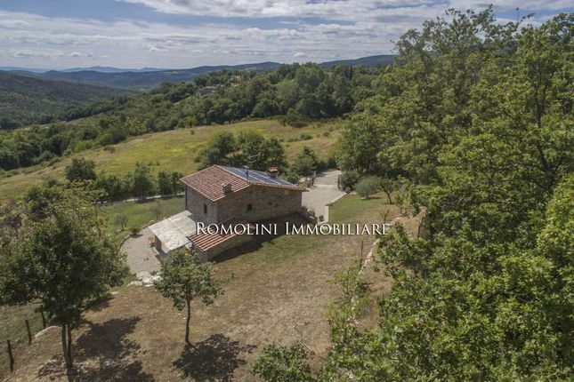 2 bed property for sale in Caprese Michelangelo, Tuscany, Italy