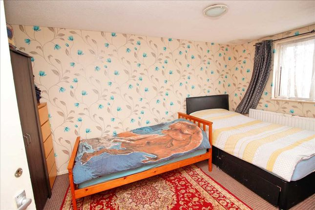 Bedroom 2 of East Road, Edgware HA8