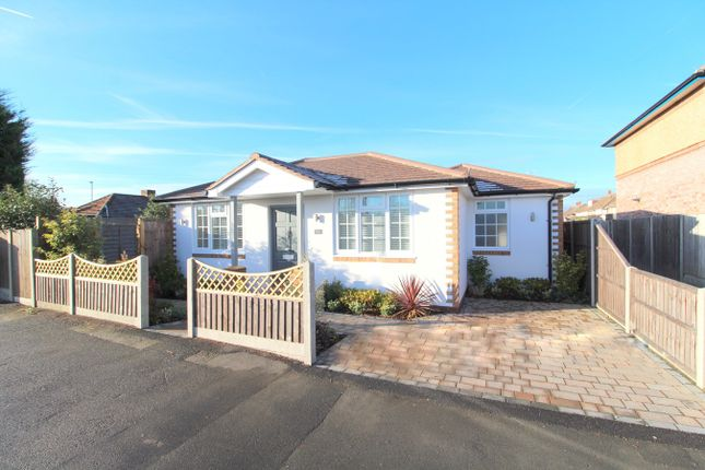 Thumbnail Detached bungalow for sale in Woodthorpe Road, Ashford