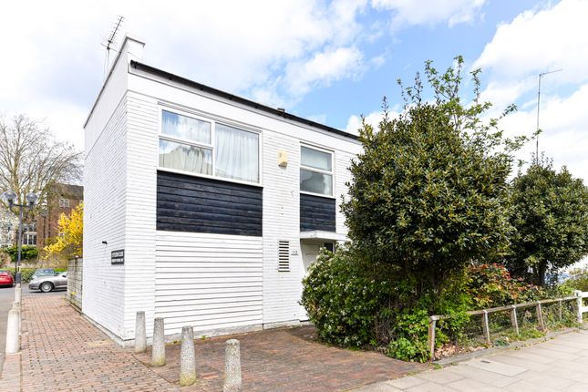 Thumbnail 3 bed town house for sale in King Henrys Road, Primrose Hill