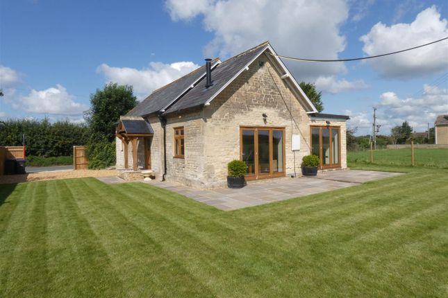 Thumbnail Bungalow for sale in Stockley, Calne